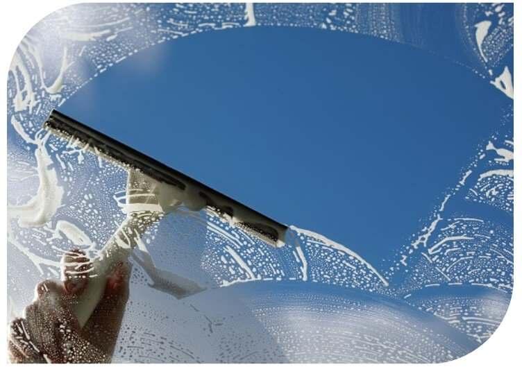 window cleaning mackay